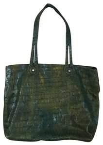 Falor Tote in green