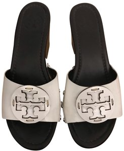 ee14d2496 Women s White Tory Burch Shoes - Up to 90% off at Tradesy
