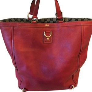 f8cdd75ba5e Gucci Bags on Sale - Up to 70% off at Tradesy