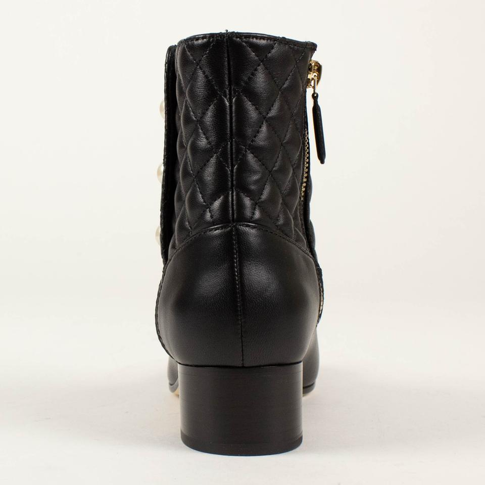 e7e41223674a4 Chanel Black Quilted Leather Pearl Snap Short Boots/Booties Size EU 37.5  (Approx. US 7.5) Regular (M, B)
