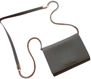 c8d64bdae06 Calvin Klein Cross Body Bags - Up to 70% off at Tradesy