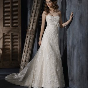 Maggie Sottero Ivory Over Gold Lace Clarissa A-3399 Feminine Wedding Dress Size 4 (S)