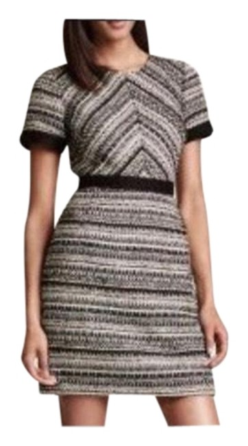 Preload https://img-static.tradesy.com/item/24239852/zara-black-and-white-and-sleeve-short-night-out-dress-size-0-xs-0-1-650-650.jpg