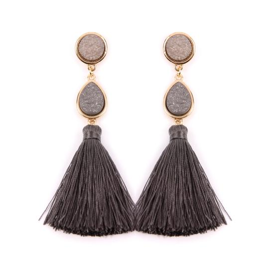 Preload https://img-static.tradesy.com/item/24240233/gray-druzy-tassel-statement-earrings-0-0-540-540.jpg