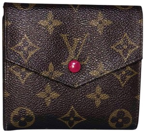 Louis Vuitton Offers Welcome Elise