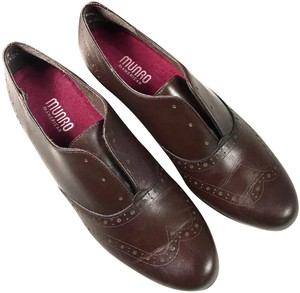 Munro Leather Laceless Brown Flats