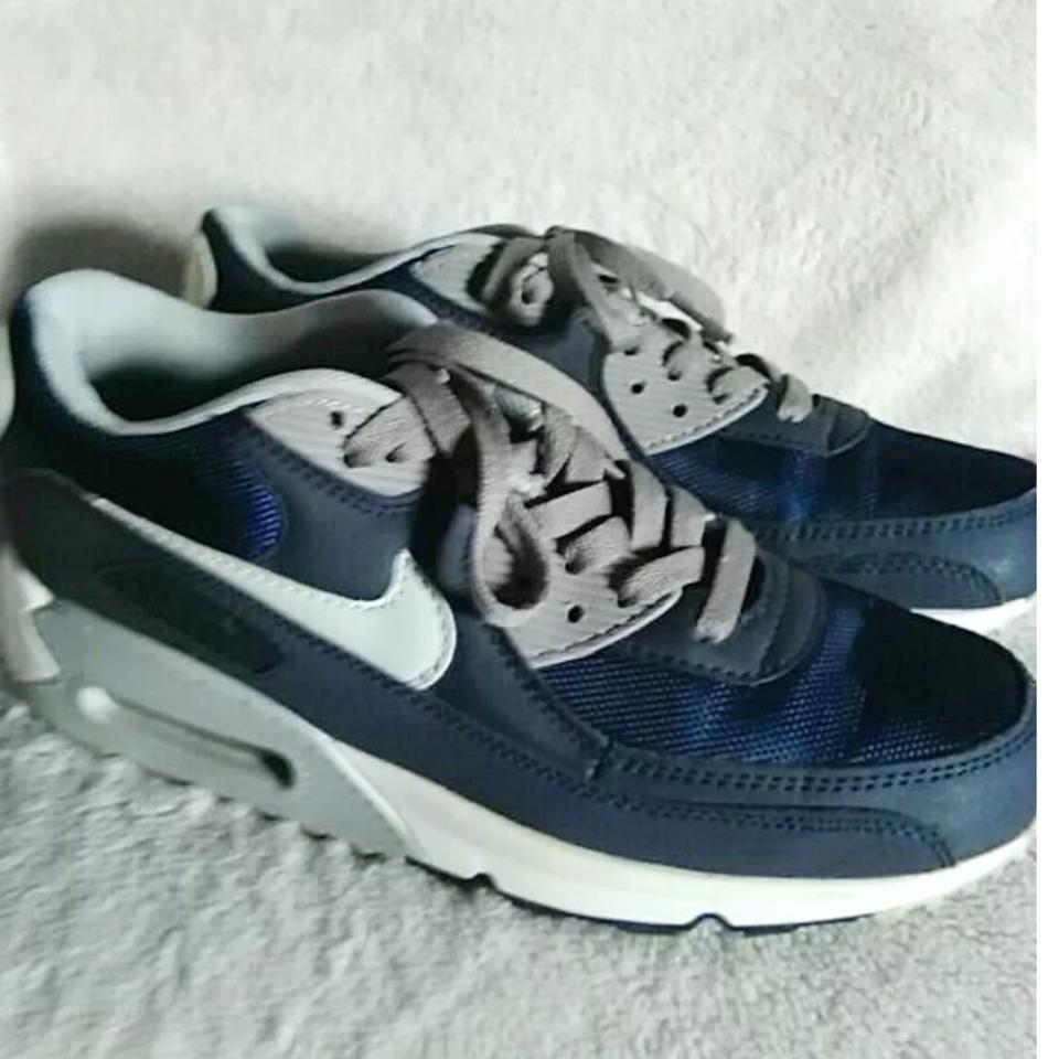 separation shoes fa800 08e07 Nike Navy Blue   White Women s Gray Air Max 90 Sneakers. Size  US 7 ...