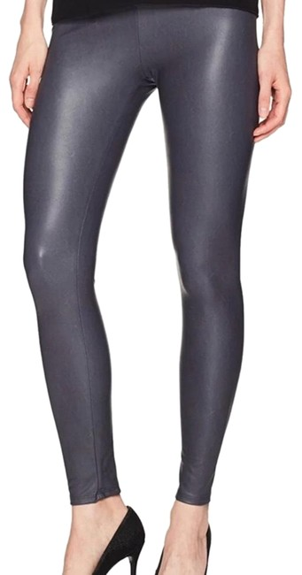 Item - XS Leather Leggings Size 2 (XS, 26)
