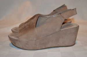 Antelope Taupe Wedges