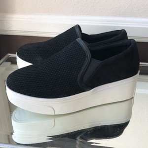 Kurt Geiger London black Athletic