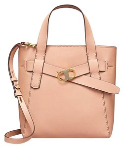 24de959131bc Beige Tory Burch Totes - Up to 90% off at Tradesy