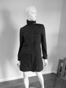 Loro Piana Great For Travel Doesn't Wrinkle Very Chic Raincoat