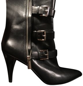 5f72497939e9f Michael Kors Boots   Booties on Sale - Up to 70% off at Tradesy