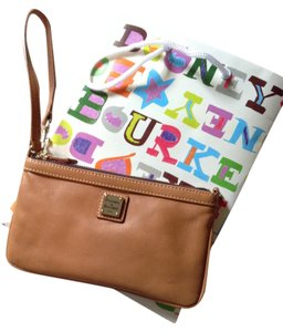 Dooney & Bourke Leather Wristlet in Tan