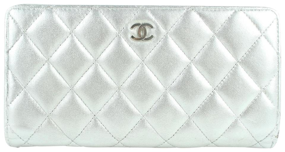 77704b9b2b8fe1 Chanel L Metallic Quilted L-gusset Wallet 15cz1025 Silver Leather Clutch