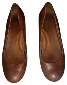 Kenneth Cole Brown/Tan Wedges