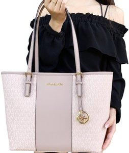 Michael Kors Carryall Jet Set New With Tag Tote in Ballet Pink