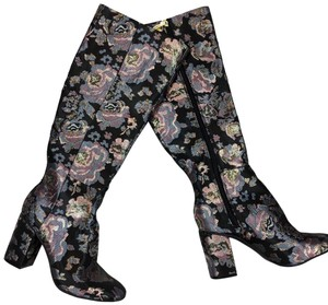 Kenneth Cole floral Boots