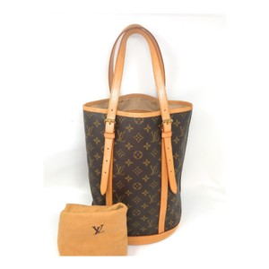 Louis Vuitton Bucket Monogram Leather Gm Tote in brown