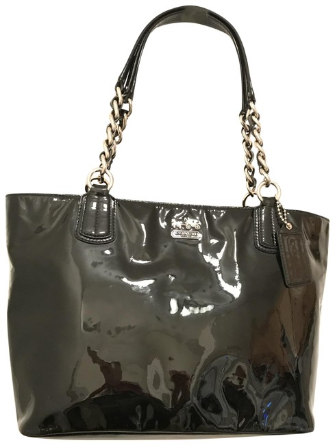 Item - Madison 20484 Black Silver Patent Leather Tote
