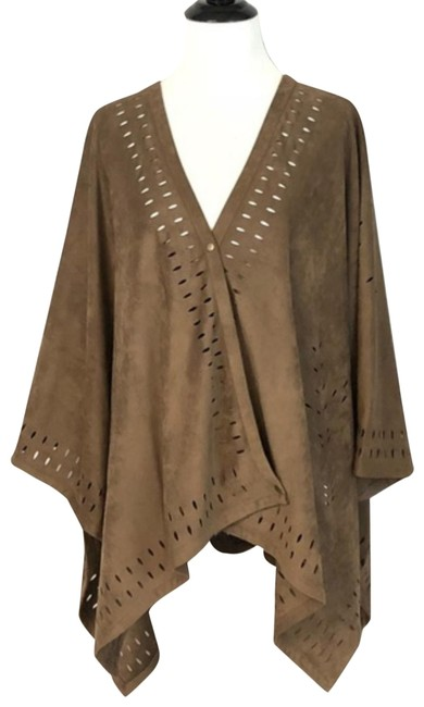 Preload https://img-static.tradesy.com/item/24253126/soft-surroundings-one-size-suede-poncho-brown-sweater-0-2-650-650.jpg