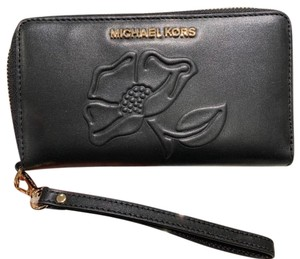 Michael Kors Michael Kors Nouveau Floral Large Flat MF Phone Case Leather wallet