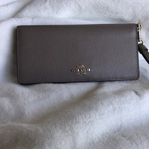 Coach phone wallet/wristlet