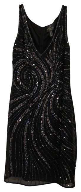 Item - Black & Silver Sequence (Fits Like A 8/10) Short Cocktail Dress Size 14 (L)