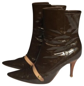 ede9bcef862 Brown Louis Vuitton Boots & Booties - Up to 90% off at Tradesy