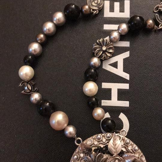 Chanel necklace Image 11