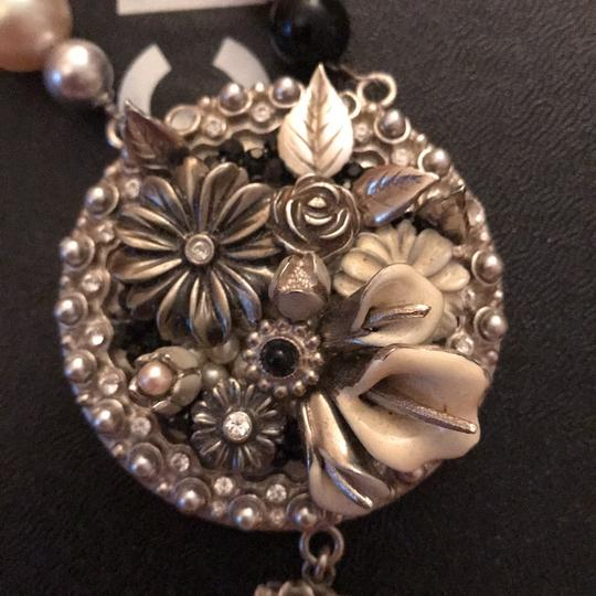 Chanel necklace Image 2