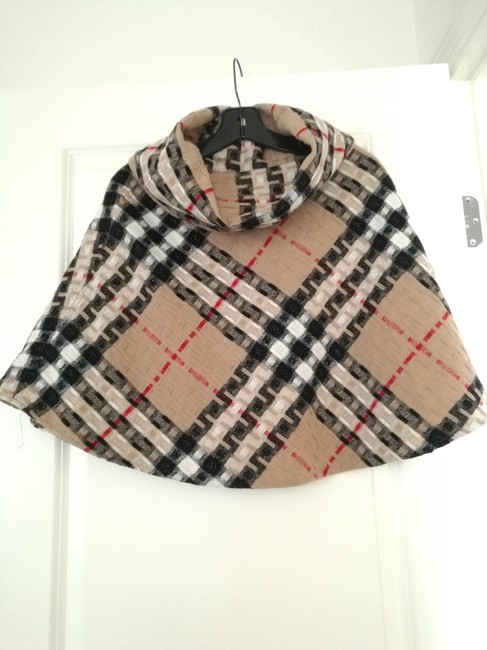 Item - Tan Black White Red Classic Check Poncho/Cape Size OS (one size)