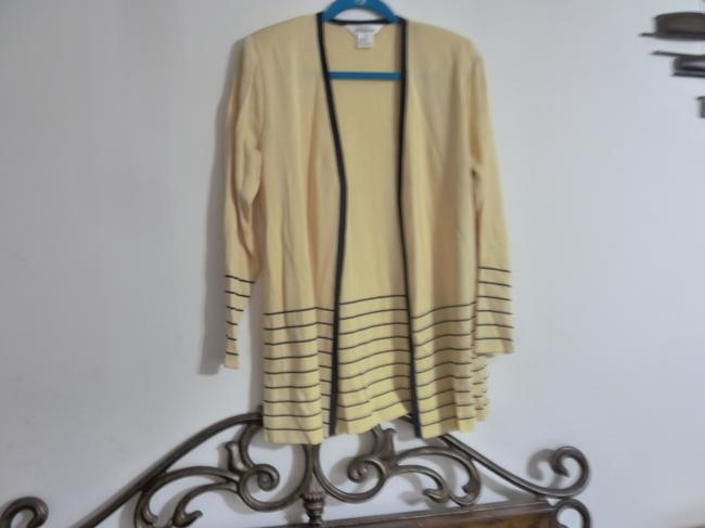 Preload https://img-static.tradesy.com/item/24255841/misook-light-weight-open-front-yellow-sweater-0-2-650-650.jpg