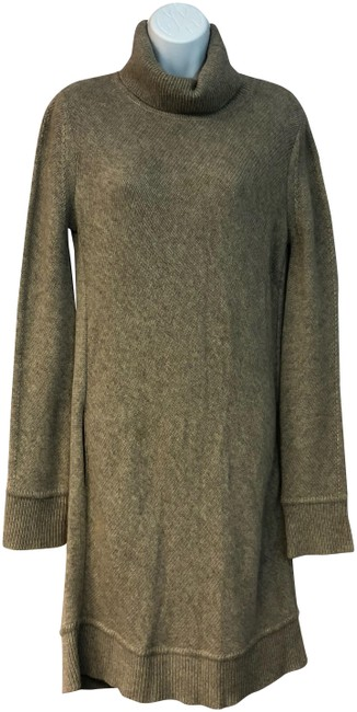 Preload https://img-static.tradesy.com/item/24255854/loro-piana-brown-turtleneck-cashmere-knit-sweater-42-short-casual-dress-size-8-m-0-1-650-650.jpg