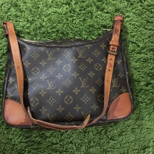 Louis Vuitton Boulogne 30 Cross Body Bag