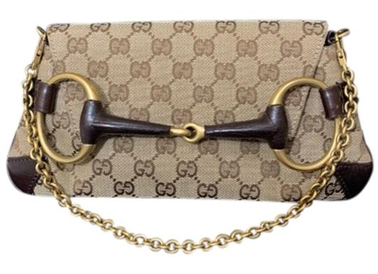 Preload https://img-static.tradesy.com/item/24255995/gucci-horsebit-chain-hand-brown-fabric-leather-satchel-0-1-540-540.jpg