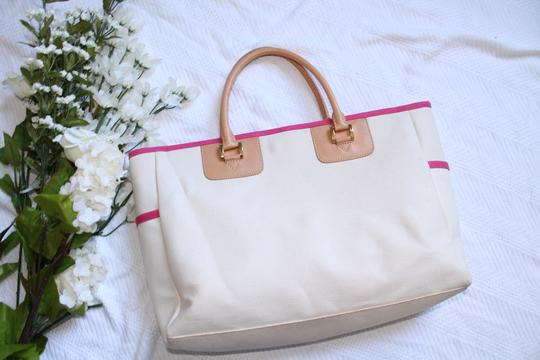Buzz by Jane Fox Canvas Weekender Tote in White, Pink, Tan