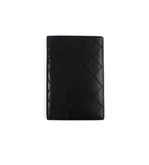 Preload https://img-static.tradesy.com/item/24256149/chanel-black-clutch-cambon-quilted-leather-long-bifold-italy-wallet-0-0-540-540.jpg