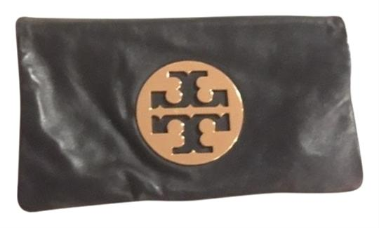 Preload https://item1.tradesy.com/images/tory-burch-black-leather-clutch-24256265-0-3.jpg?width=440&height=440