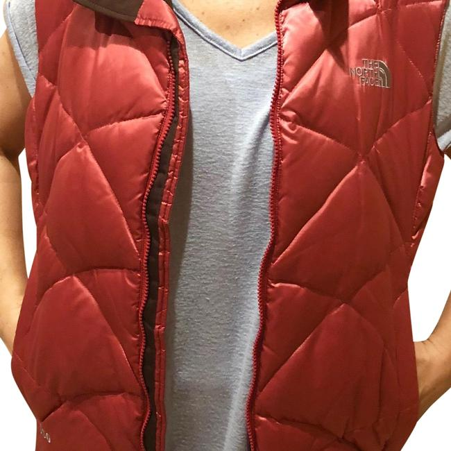 Preload https://img-static.tradesy.com/item/24256313/the-north-face-pink-with-brown-inside-puffy-vest-size-12-l-0-3-650-650.jpg