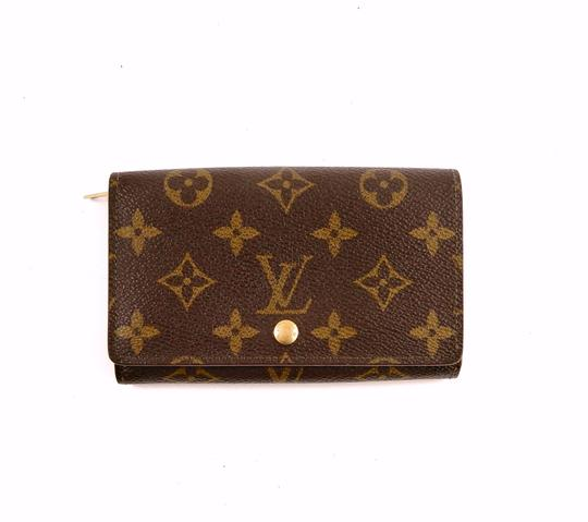 Preload https://img-static.tradesy.com/item/24256327/louis-vuitton-brown-porte-tresor-vintage-monnaie-monogram-canvas-leather-clutch-wallet-0-0-540-540.jpg