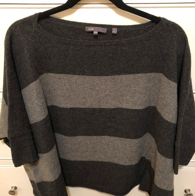 Preload https://img-static.tradesy.com/item/24256392/vince-cashmere-cropped-poncho-blackgray-sweater-0-2-650-650.jpg