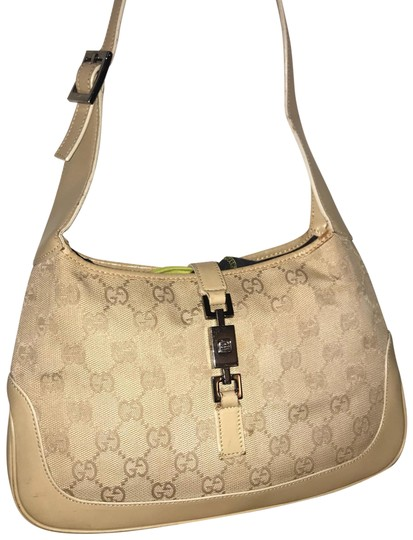 Preload https://item2.tradesy.com/images/gucci-jackie-o-mini-hobo-tan-leather-baguette-24256456-0-3.jpg?width=440&height=440