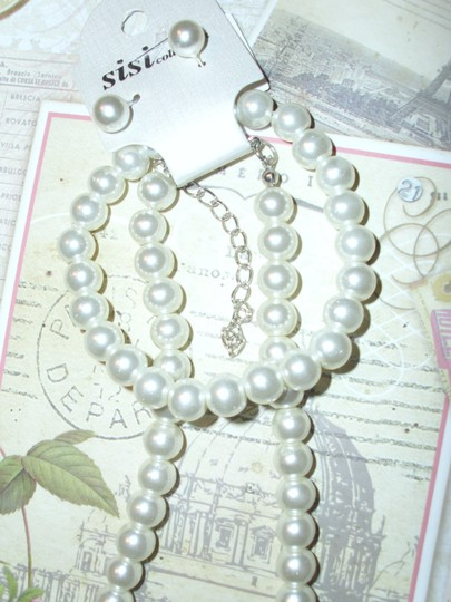 White Costume Pearl Beaded Necklace Bracelet Earrings Matching Gift Jewelry Set
