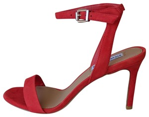 6ed394e006d Red Steve Madden Pumps - Up to 90% off at Tradesy