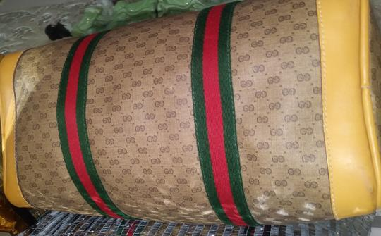 Gucci Clean Never Shedding Excellent Sherry Line Satchel in Tan with RED/Green Stripe Image 5