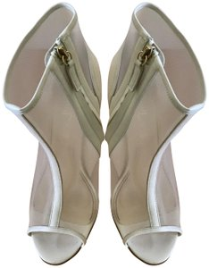 Jerome C. Rousseau Peep Toe High Heel ivory Sandals