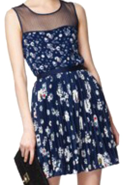 Preload https://img-static.tradesy.com/item/24259944/jason-wu-for-target-skirt-and-top-mid-length-short-casual-dress-size-0-xs-0-4-650-650.jpg