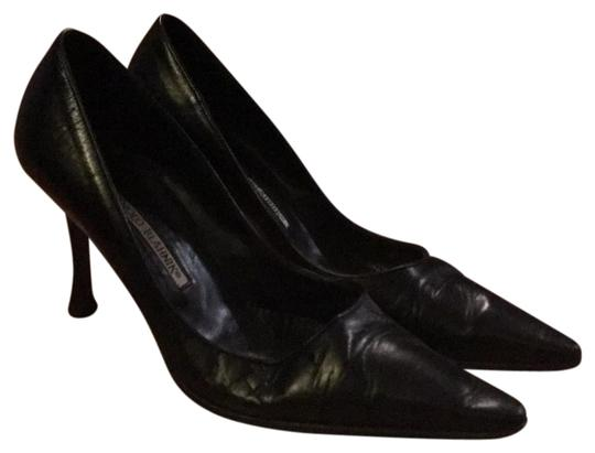Preload https://img-static.tradesy.com/item/24259972/manolo-blahnik-classic-stilettos-in-black-they-have-been-pre-loved-and-the-tips-show-signs-of-use-th-0-3-540-540.jpg