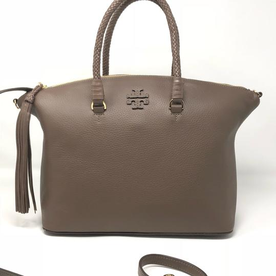 Tory Burch Satchel in silver maple Image 2